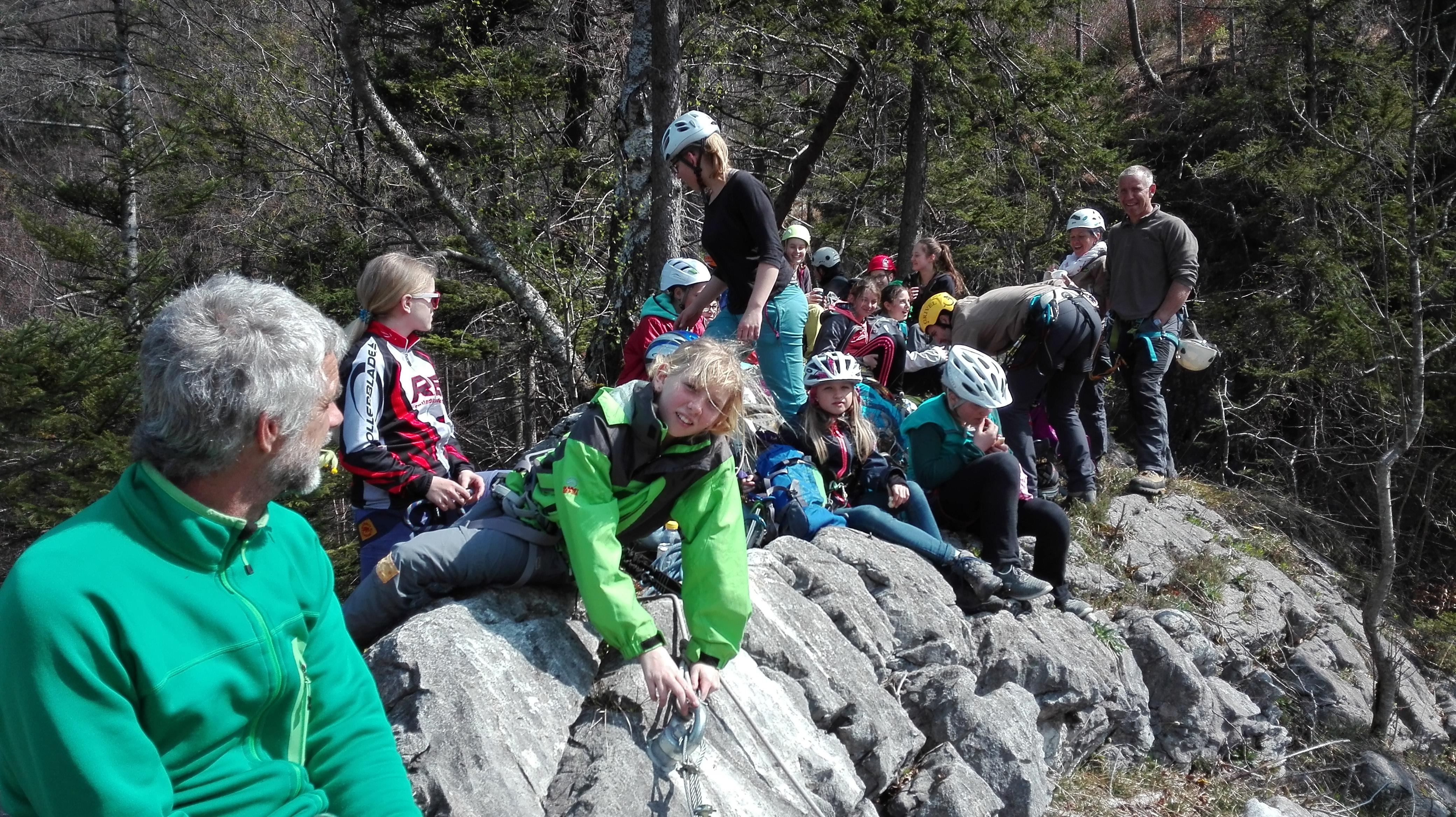 Klettersteig Netstal : Tabaretta klettersteig bergsteigen